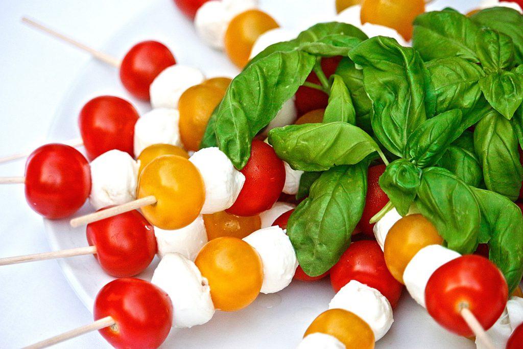Tomaat-Mozzarella-Basilicum - Happy Mood Happy Food