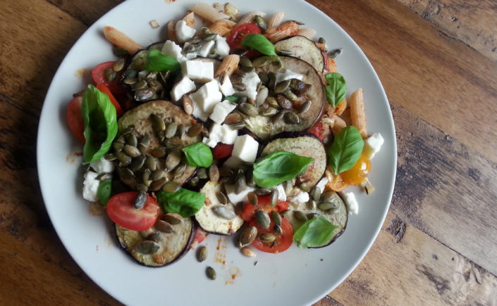 Pasta met aubergine en tomaat - Happy Mood Happy Food