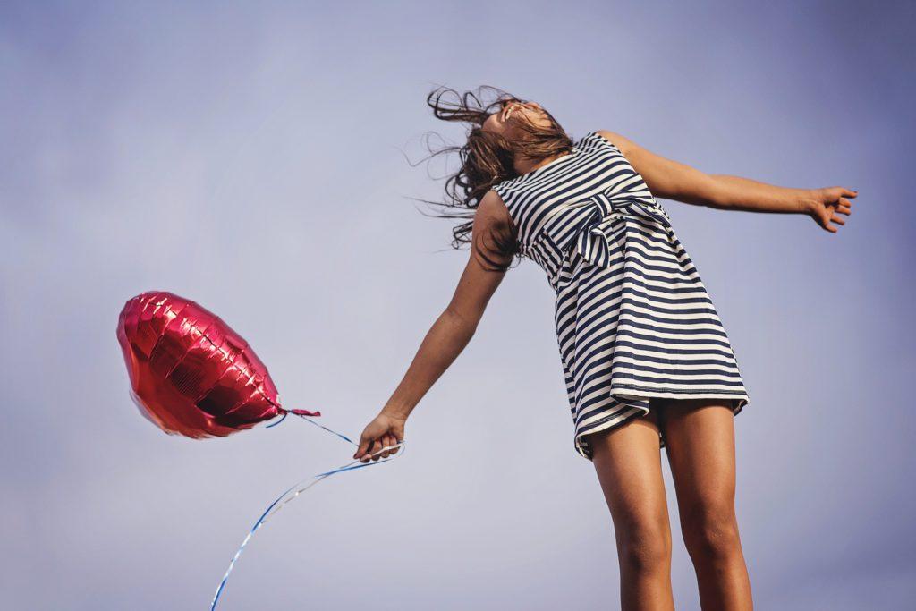 Vrouw met ballon - Happy Mood Happy Food